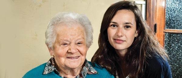 """קלרה גולדברגר מקבלת סיוע ביתי וטיפול רפואי מפונדסיון """"צדקה דה אורוגוואי"""""""